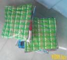 Layang-layang Plastik Besar
